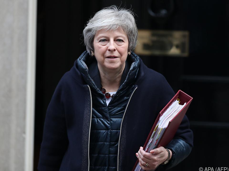 May warnte erneut vor einem Aus für den Brexit