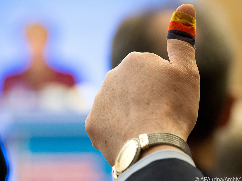 Mehrere CDU-Politiker warnten vor einem Rechtsschwenk der Partei