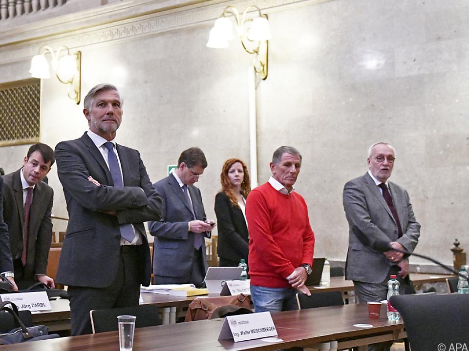 Meischberger, Hochegger, Fischer auf der Anklagebank