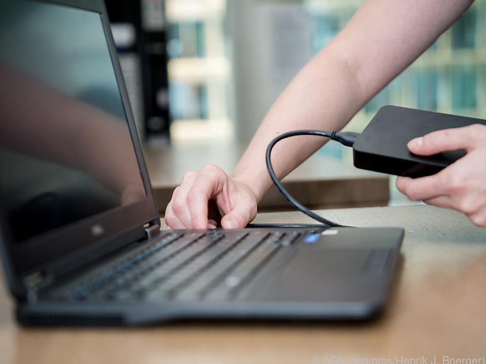 Mit einer externen Festplatte geht das Backup leicht von der Hand