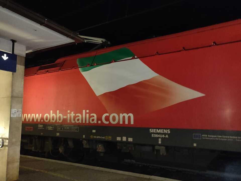 OEBB-italienische-Fahne