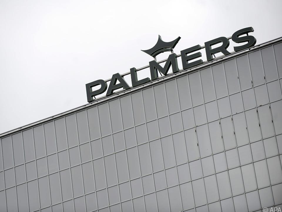 Palmers hält sich nur schwer über Wasser
