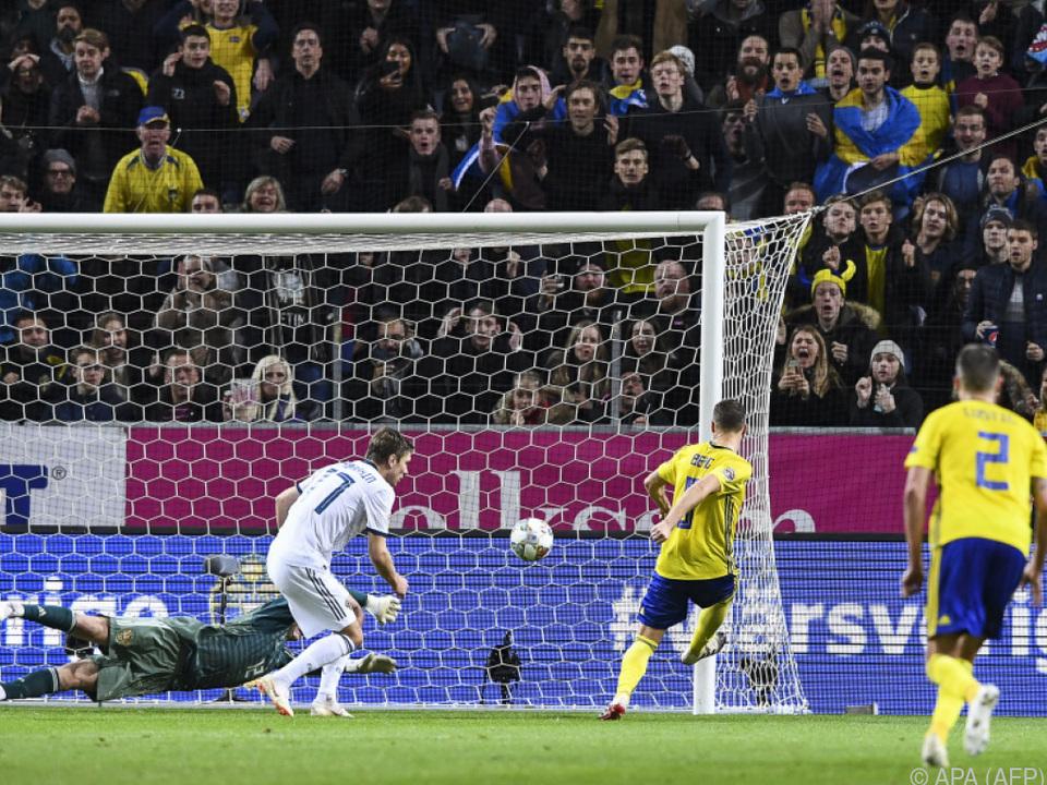 Schweden schlug Russland 2:0