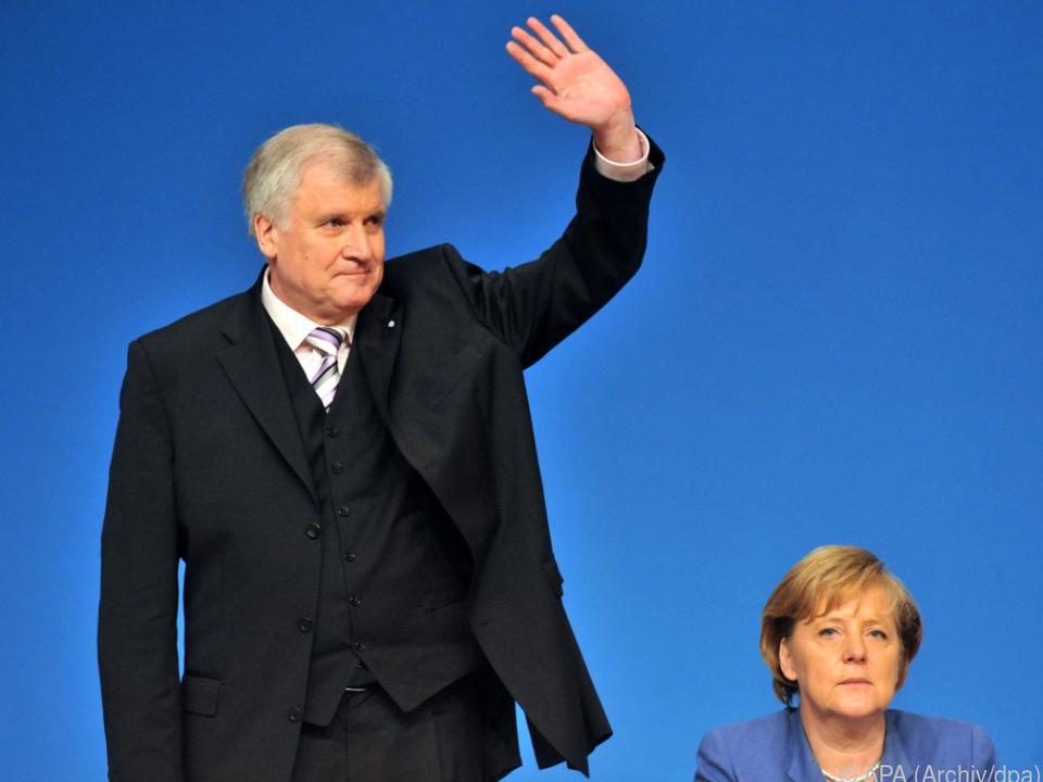 Seehofer verabschiedet sich mit CSU-Sonderparteitag