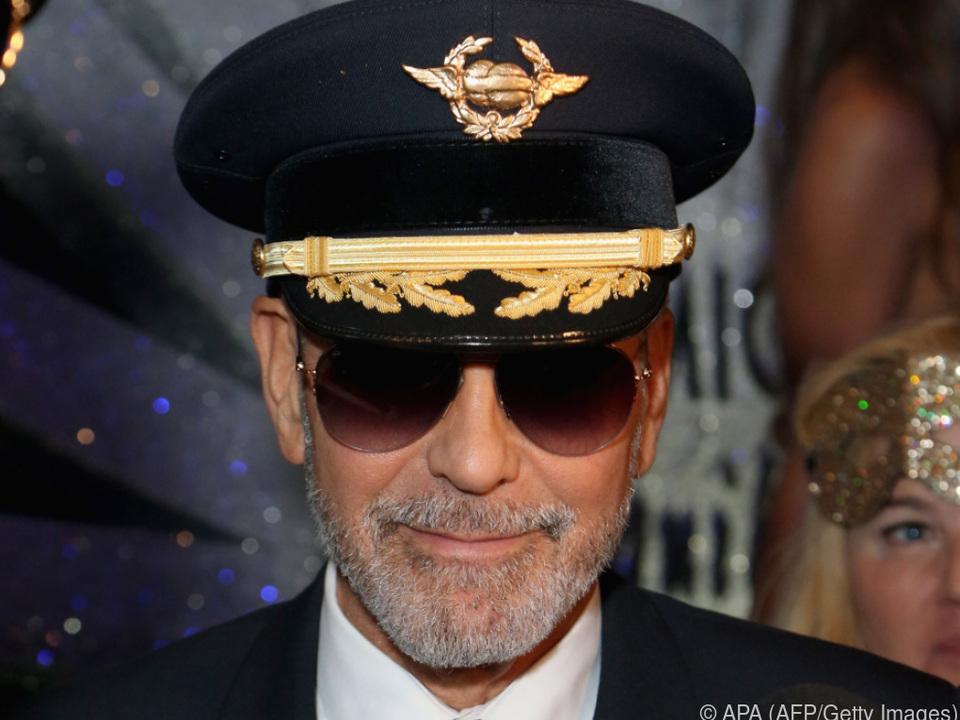 Seiner Frau zuliebe verzichtet Clooney auf das Motorrad