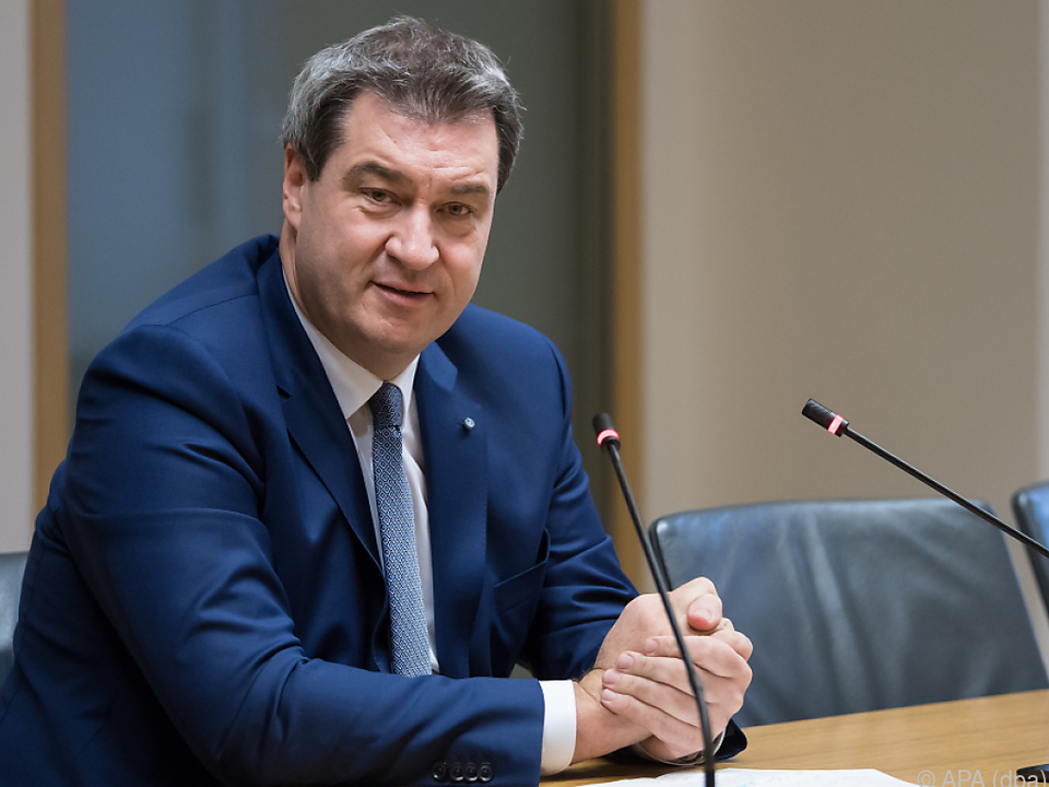 Söder will, dass Seehofer deutscher Innenminister bleibt