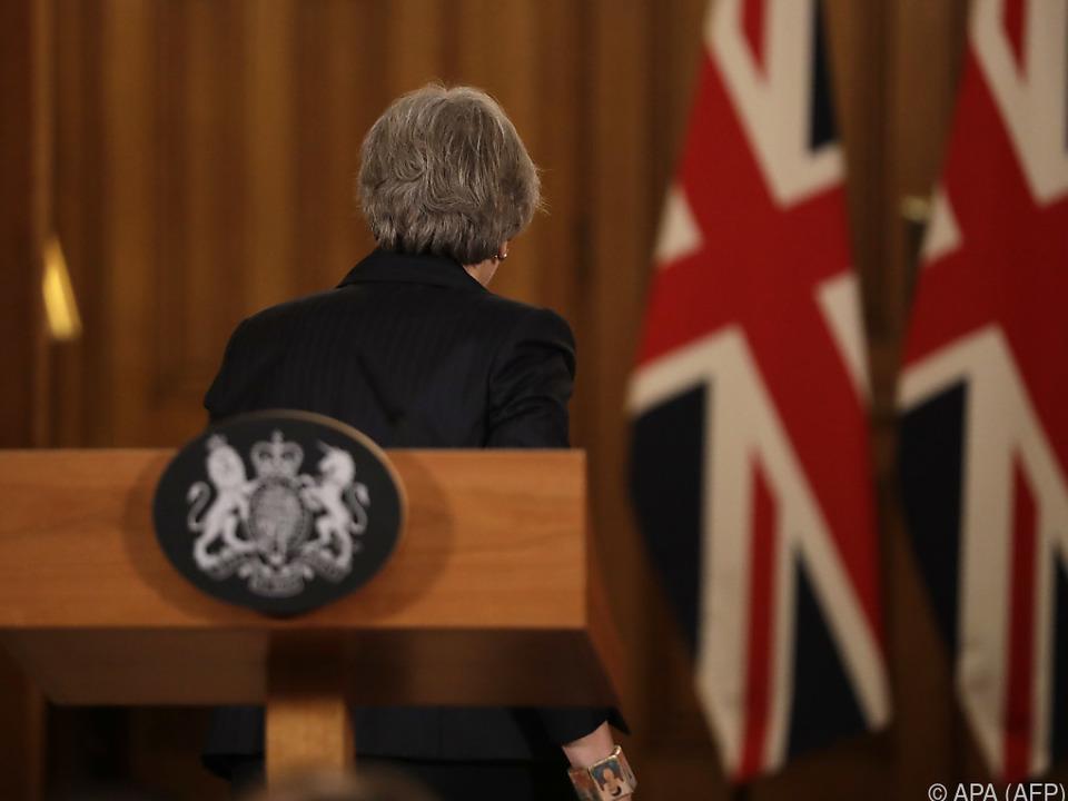 Theresa May muss um ihr politisches Schicksal fürchten
