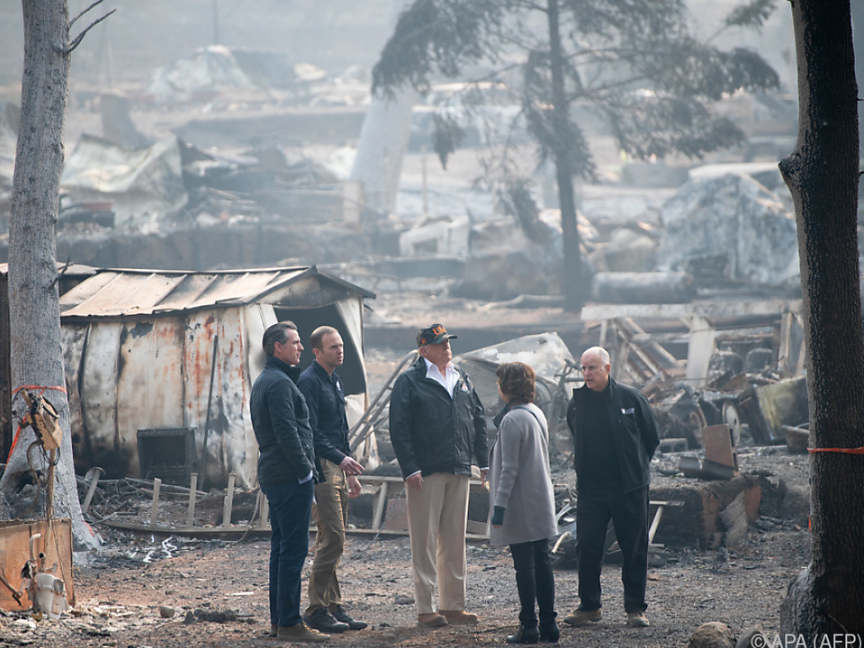 US-Präsident Trump machte sich ein Bild von der Lage in Paradise
