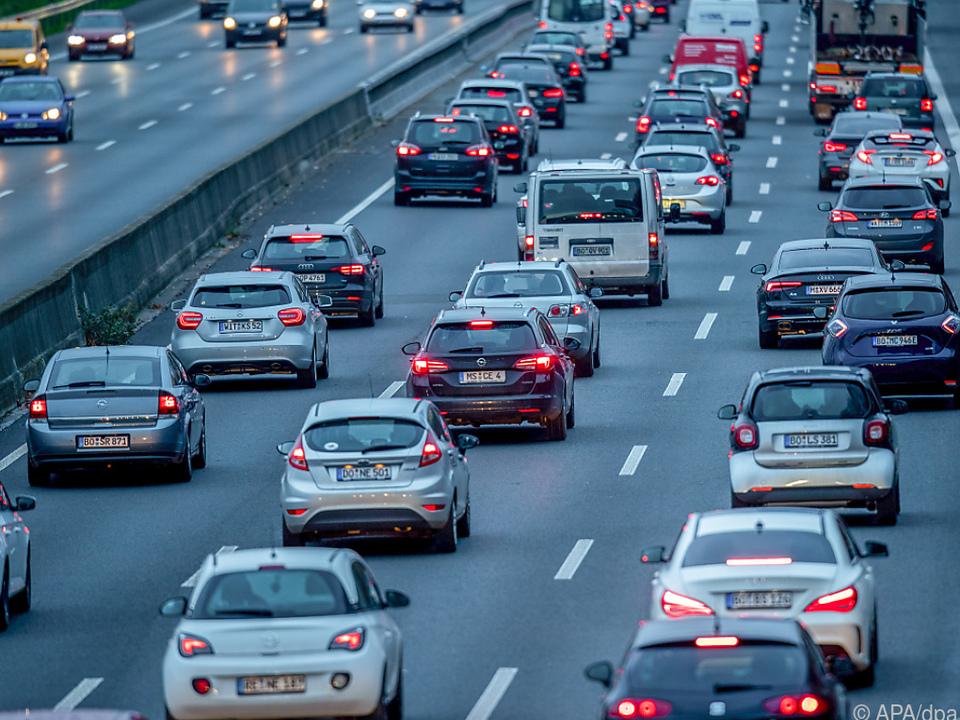 Verantwortlich sollen Probleme der Autoindustrie sein