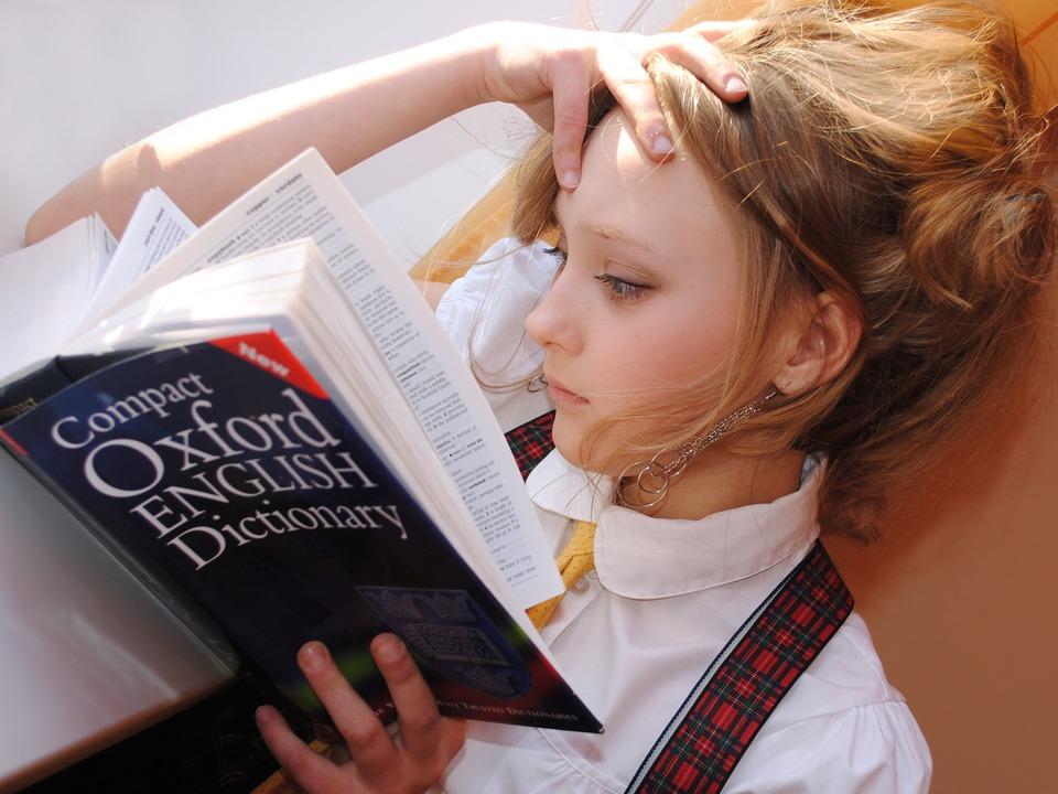Mädchen Student, lernen Talents studieren