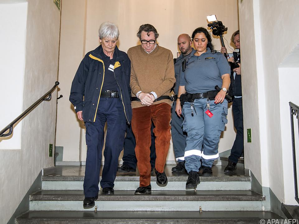 Arnault wurde zu einer Haftstrafe von zweieinhalb Jahren verurteilt