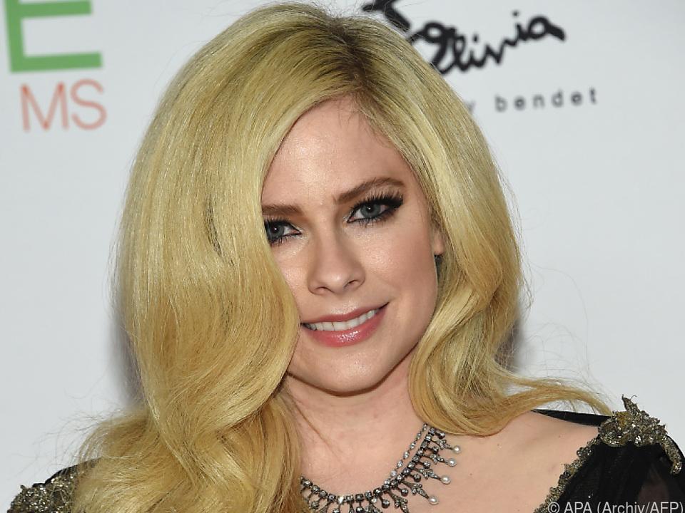 Avril Lavigne geht offen mit ihrer Erkrankung um