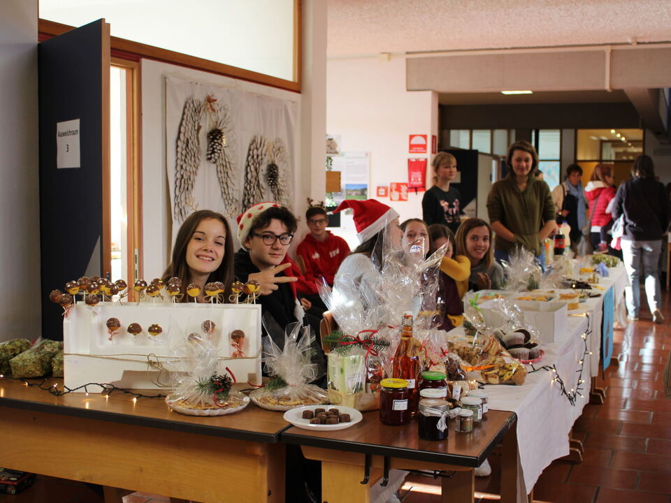 Weihnachtsmarkt Mittelschule Ritten