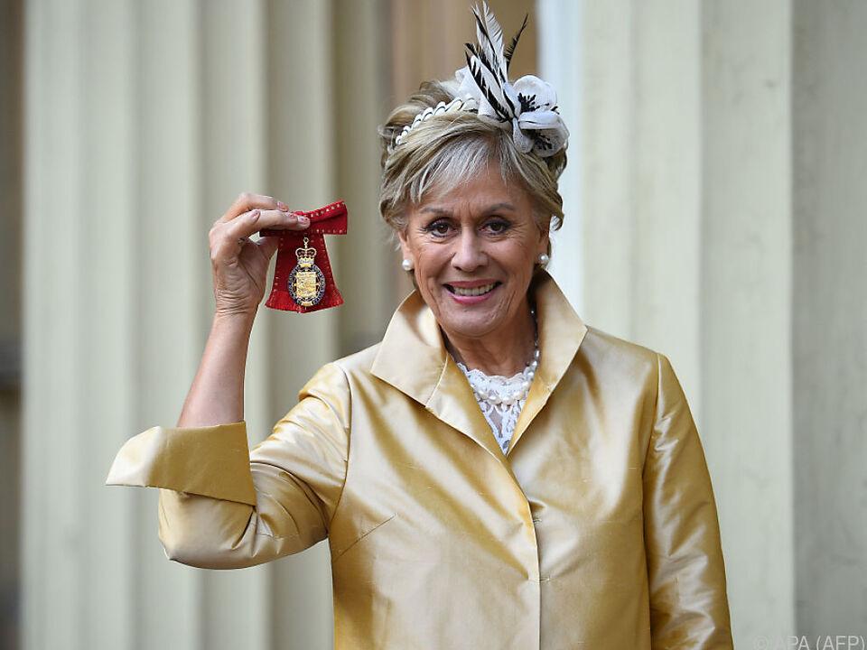 Der Orden wurde im Buckingham-Palast überreicht