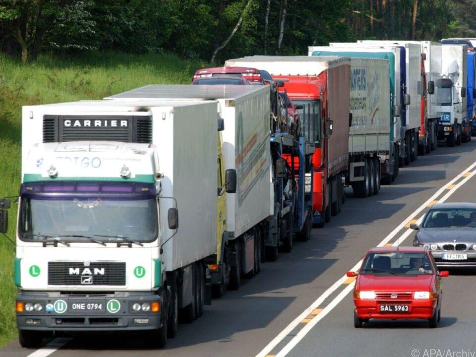 Die Emissionen für LKW sollen massiv reduziert werden