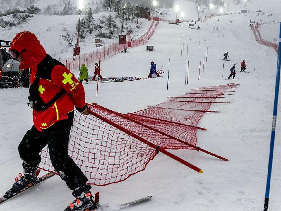 Die FIS möchte das Rennen unbedingt nachtragen