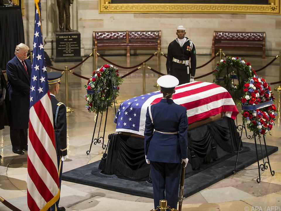 Die mehrtägigen Trauerfeiern für Bush haben begonnen
