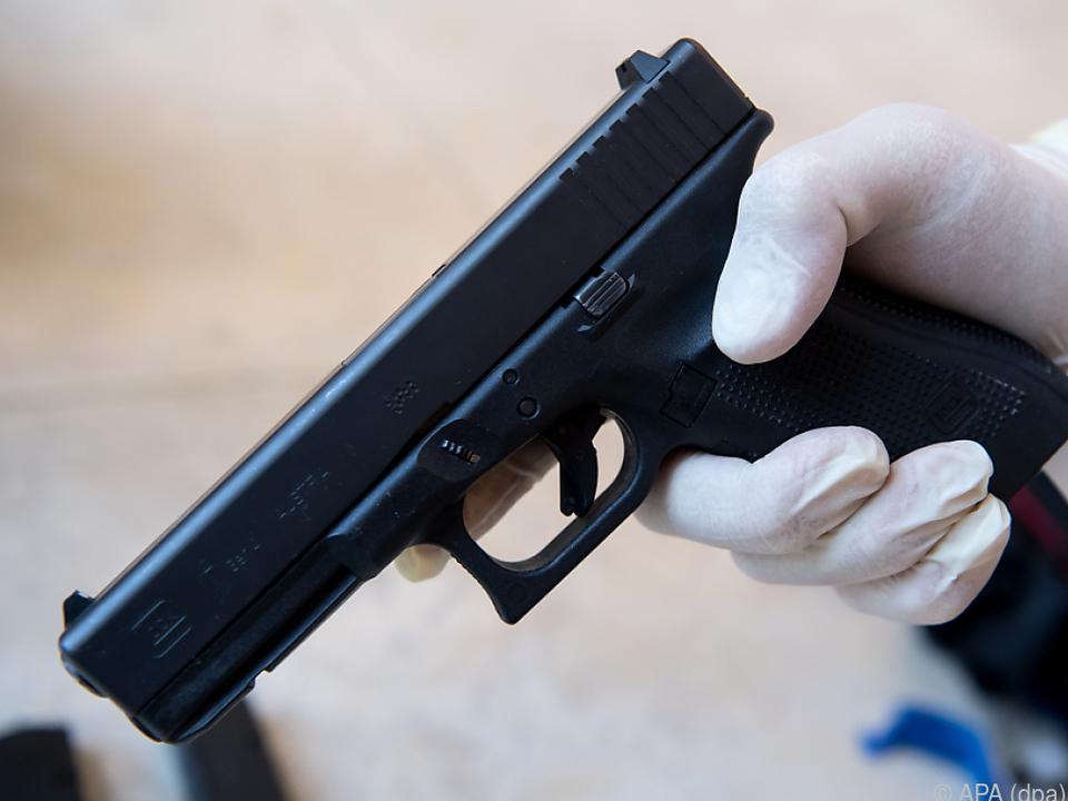 Die Tatwaffe, eine Pistole vom Typ Glock 17