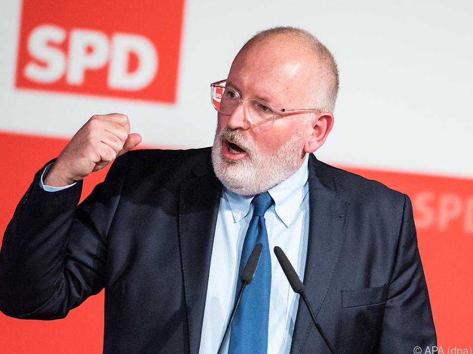 Frans Timmermans geht ins Rennen für die Sozialdemokraten