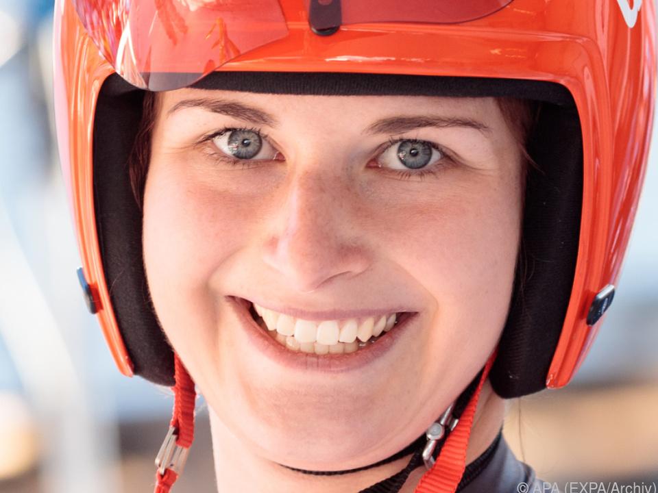 Julia Taubitz fügte Natalie Geisenberger erste Saisonniederlage zu