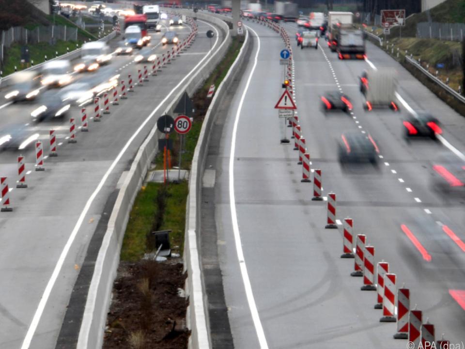 Deutsch-österreichisches Konsortium soll Pkw-Maut erheben