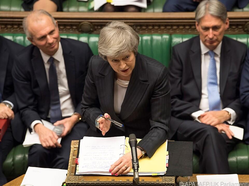 Mays Standpunkt ist im eigenen Parlament umstritten