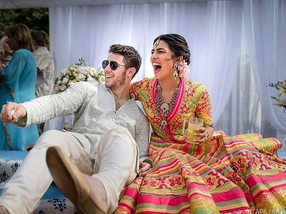 Nick Jonas und Priyanka Chopra bei ihrer Hochzeit im Palast