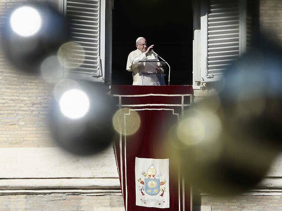Papst Franziskus während des Angelus-Gebets