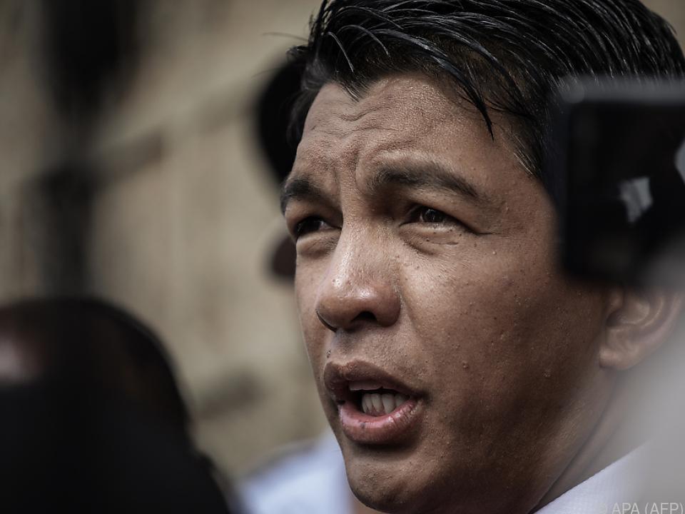 Rajoelina soll die Stichwahl mit 55,66 Prozent klar gewonnen haben