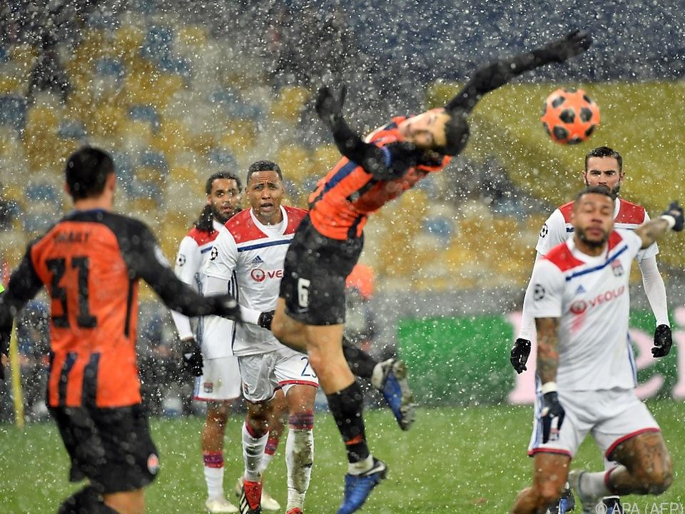 Lyon reicht ein 1:1 gegen Ukrainer