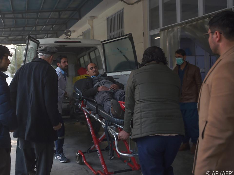 Schwerverletzte nach einem Angriff auf ein Regierungsgebäude