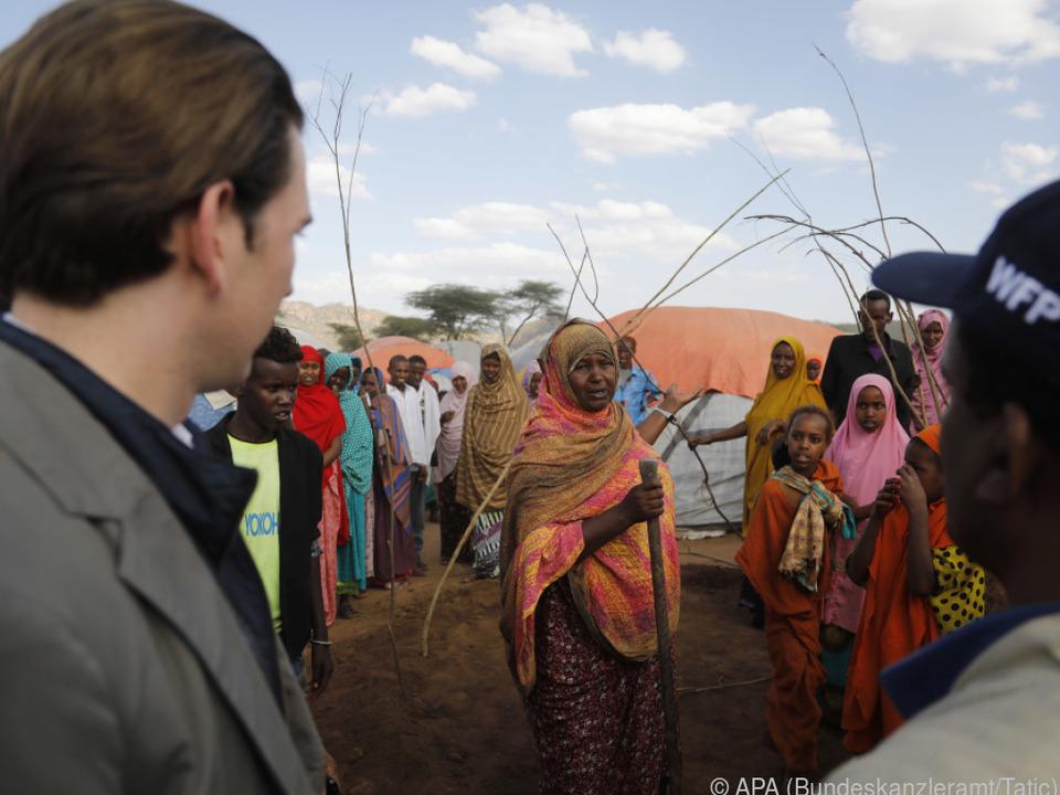 Sebastian Kurz im Flüchtlingslager Qologji in Äthiopien