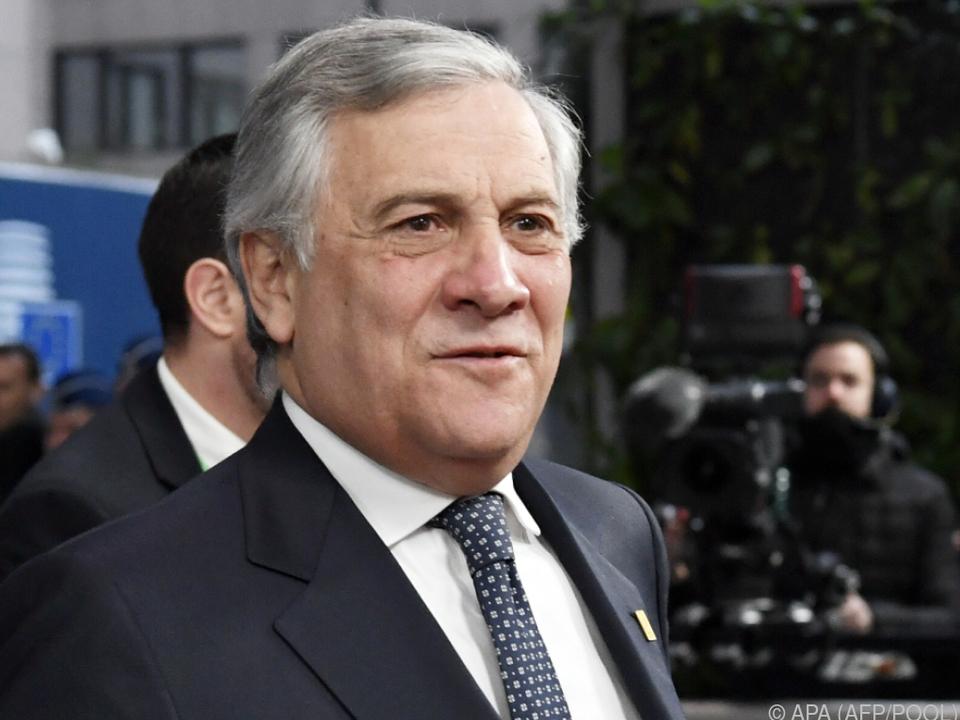 Tajani drängt auf eine Änderung des italienischen Budgetentwurfs