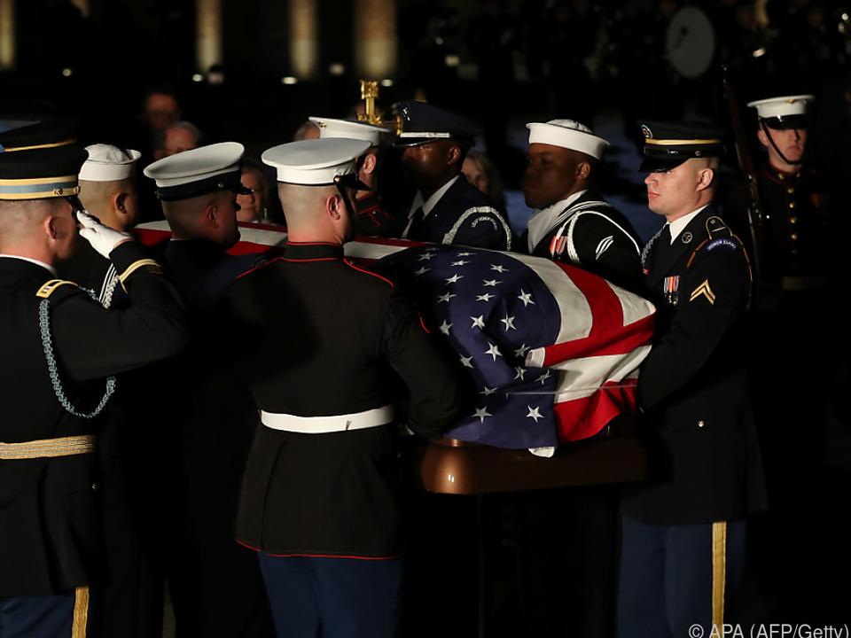 Trauerfeiern für Bush finden offiziellen Abschluss