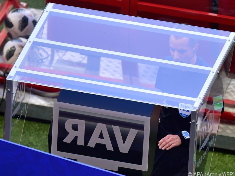 Video-Schiedsrichter kommt früher als erwartet