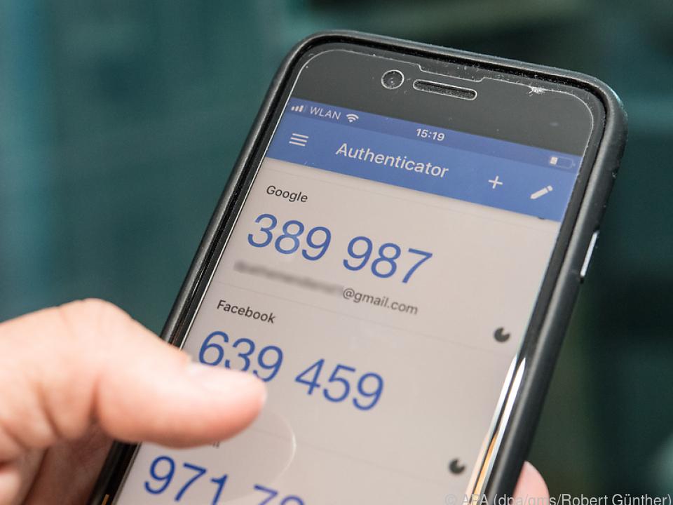 Viele Onlineanbieter unterstützen die 2FA über Smartphone-Apps