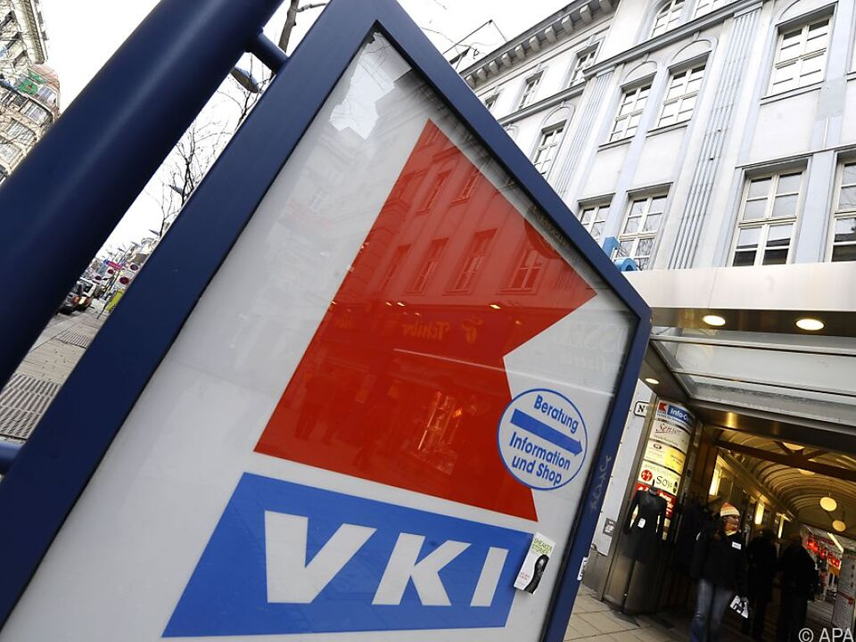 VKI stellt Mustertext zur Gebühren-Rückforderung zur Verfügung