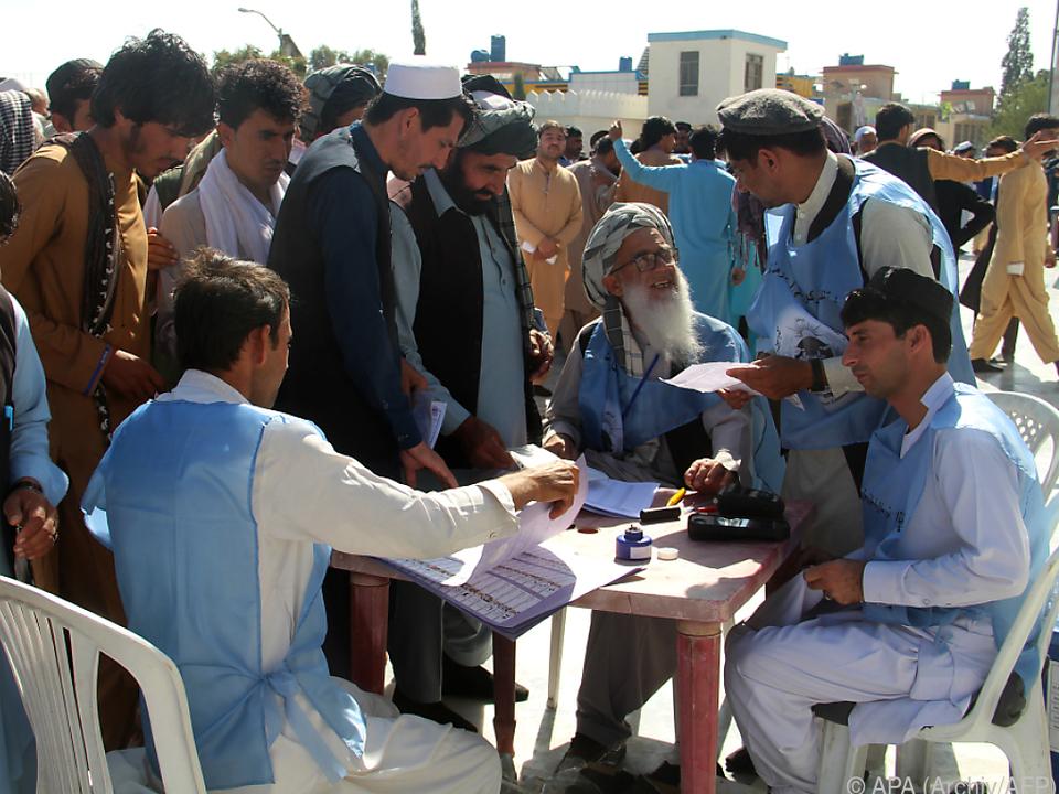 Wahlen in Kabul fanden verspätet statt