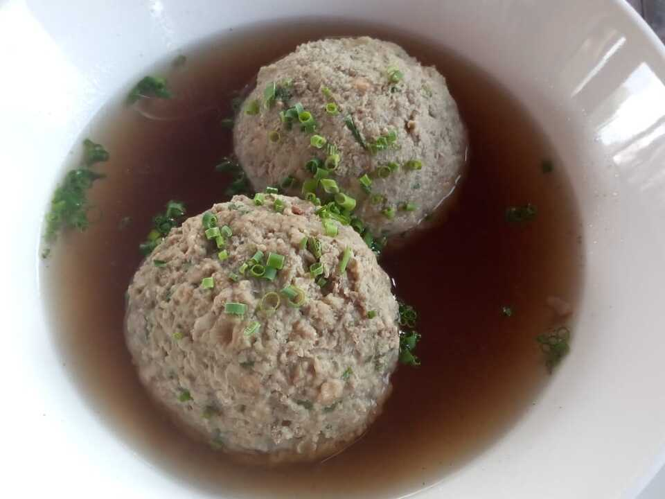 Suppe, Leberknödelsuppe, Leberknödel