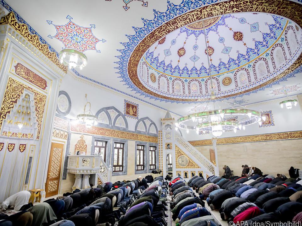 Ziel sind unabhängige Moschee-Gemeinden