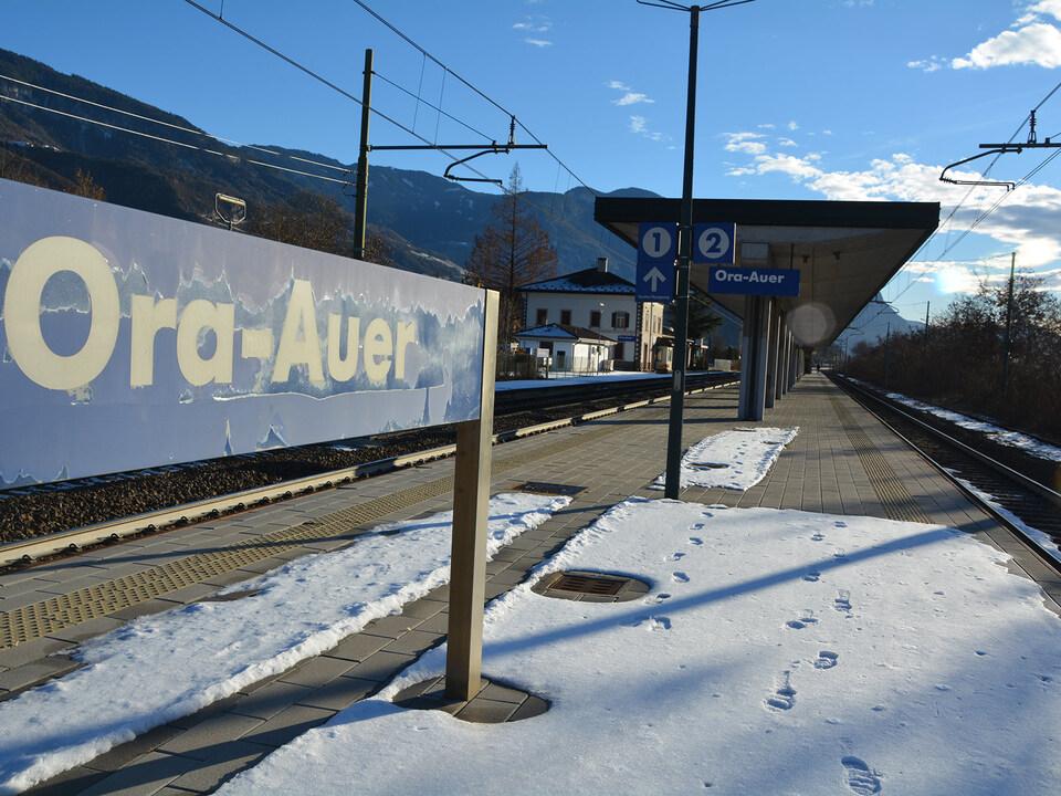 Bahnhof_Auer2