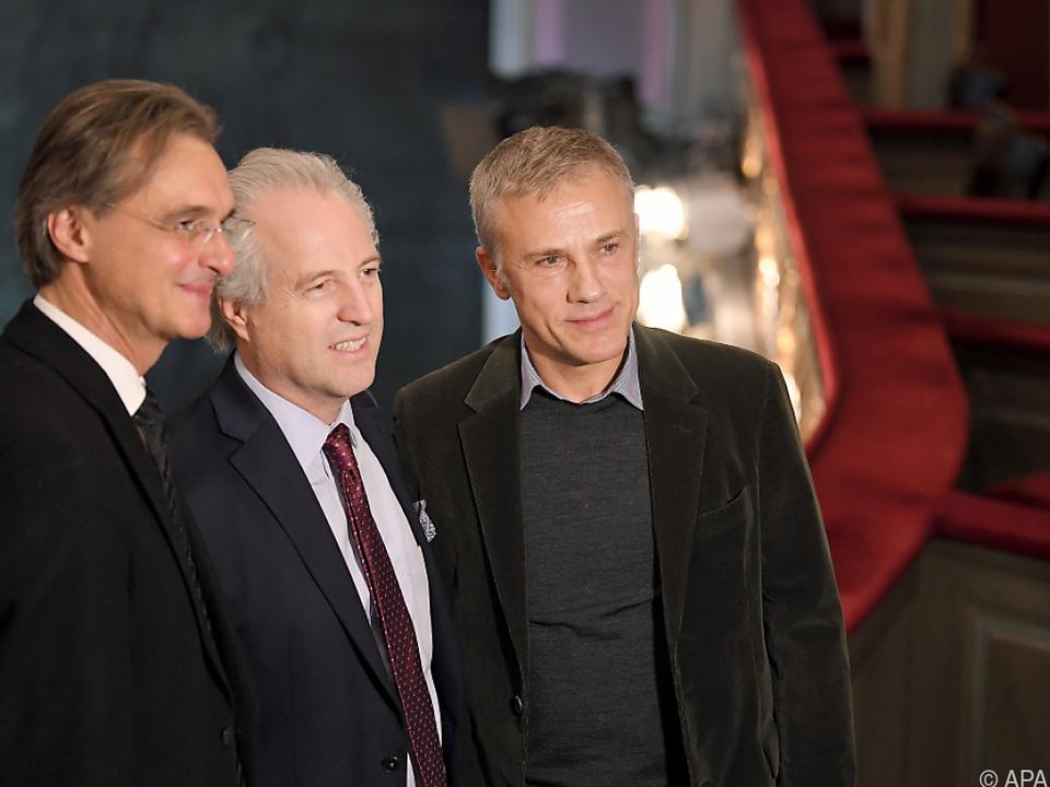 Christoph Waltz neben Intendant Geyer (l.) und Dirigent Honeck (m.)