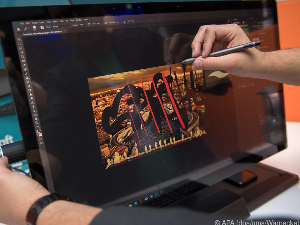 Ein Controller hilft bei der Auswahl von Zeichenwerkzeugen