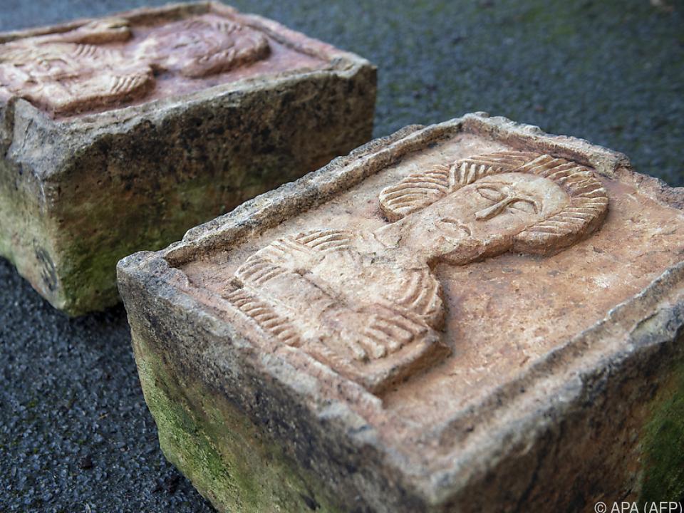 Die gestohlenen Kunstwerke wurden als Gartendekoration genutzt