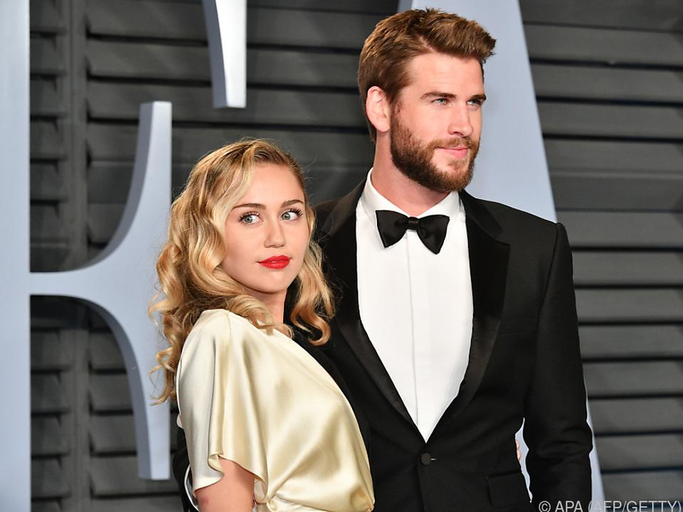 Die Sängerin und Schauspieler Liam Hemsworth heirateten im Dezember