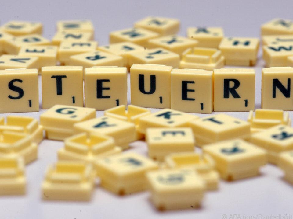 Schwarzes Schaf: Luxemburg:Großkonzerne zahlen kaum offiziellen Steuersatz