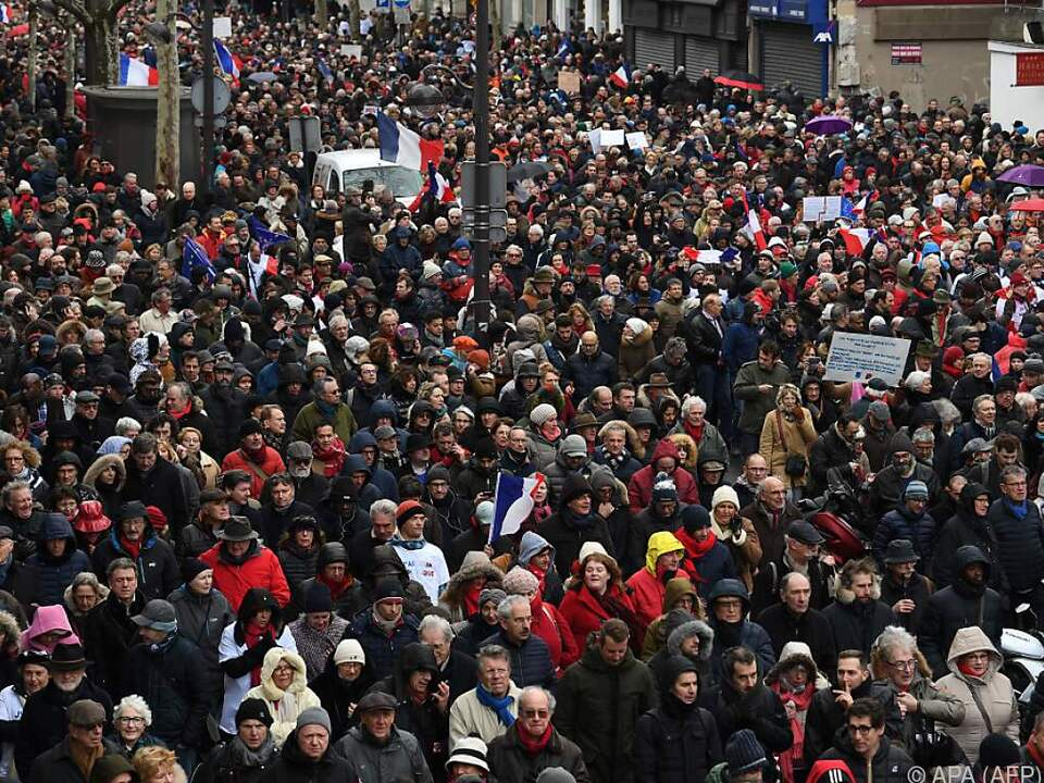 Die Teilnehmer kämpfen für die Institutionen der Republik