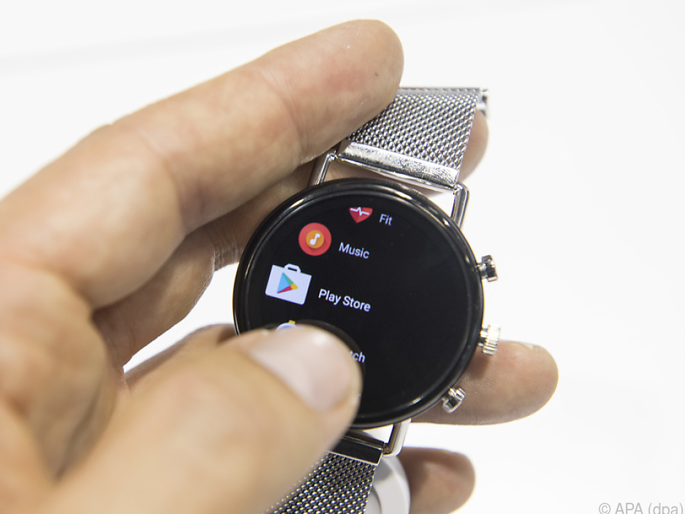 Die Uhrenmarken von Fossil setzen schon seit einiger Zeit auf Google