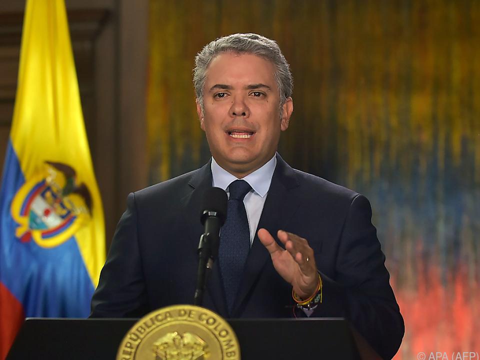 Duque will nach Anschlag auf Polizisten Täter zur Rechenschaft ziehen