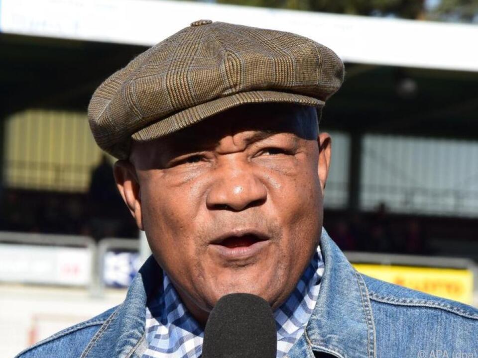 Ex-Boxer Foreman setzt sich auch für benachteiligte Jugendliche ein